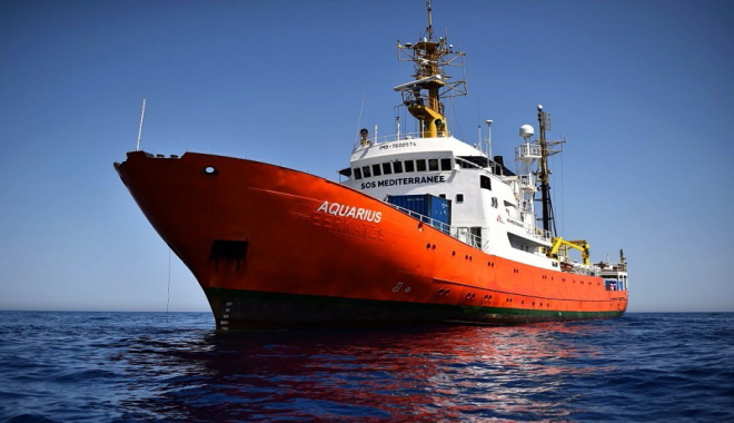 La nave Aquarius: discussioni e scontri politici