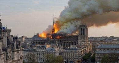 Notre Dame devastata da un incendio: simbolo della cultura Europea