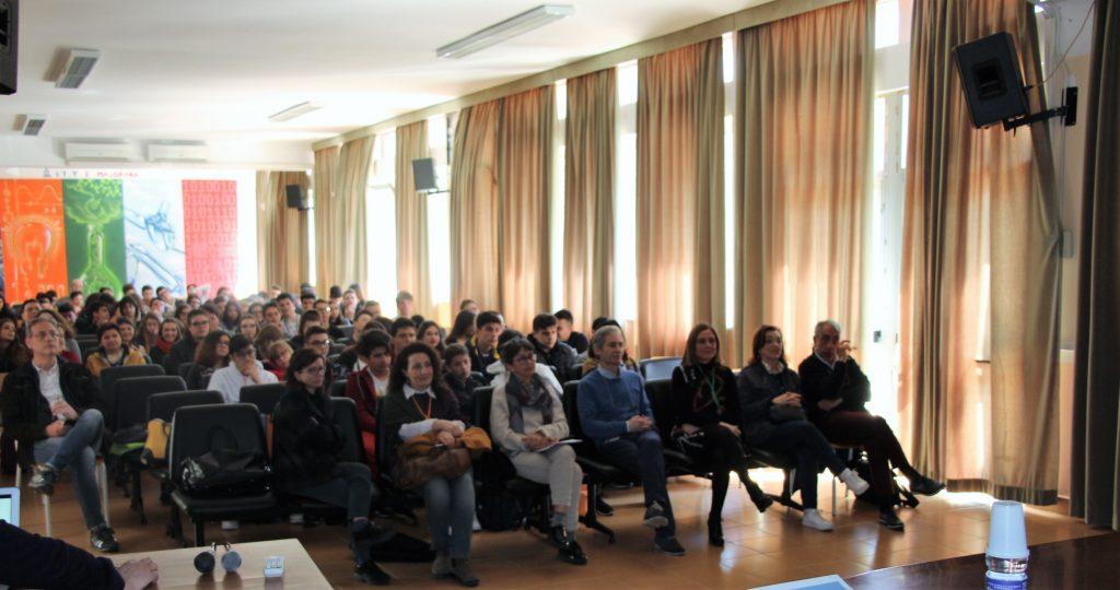 SALVO CURRO' ARTISTA INCONTRA GLI ALUNNI DEL MAJORANA