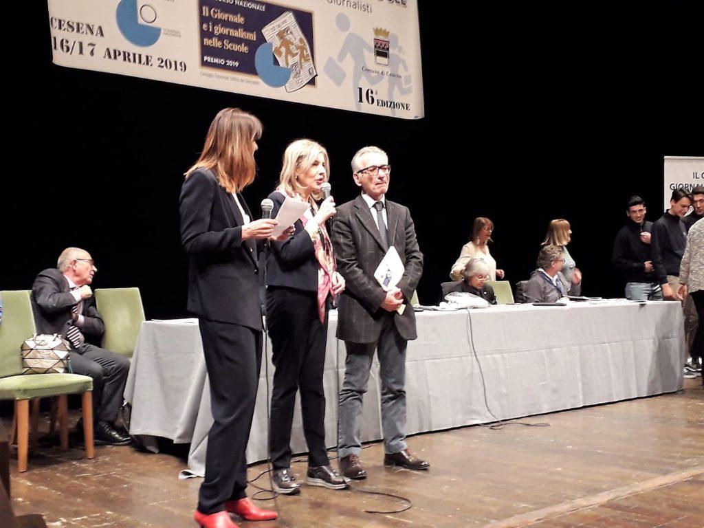L'applauso è partito scrosciante dalla grande platea del Teatro Bonci di Cesena per il lavoro di una squadra e l'impegno di una istituzione scolastica che, coniugando dedizione, motivazione e passione, persegue e  raggiunge risultati e ambiti riconoscimenti.