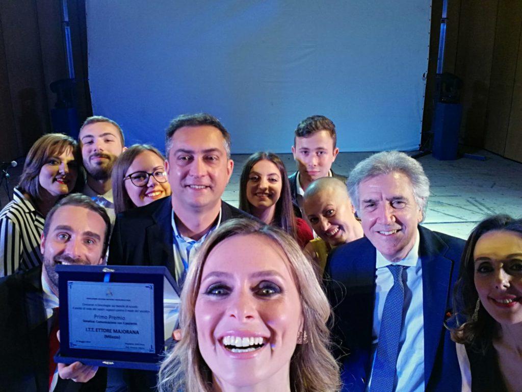 """A.S.S.O. """"L'Oncologia sui banchi di scuola"""": Primo Premio al Majorana"""