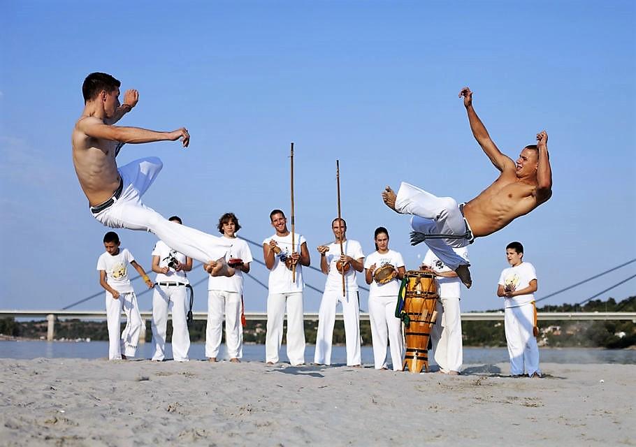 """La """"Capoeira"""" è un'arte del movimento dalo spirito africano"""