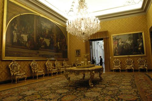 Palazzo Montecitorio, luogo storico e istituzionale