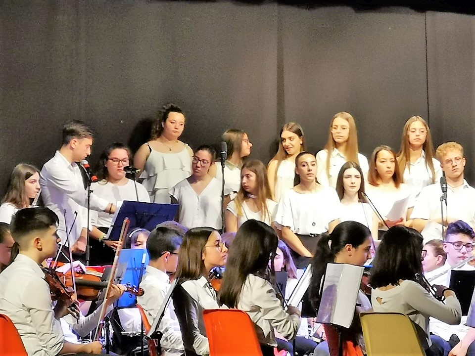 Grandi traguardi e comunanza di intenti: un coro per unire
