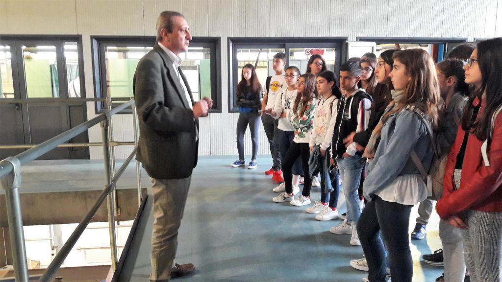 """Visita alla """"GAZZETTA del SUD"""" per gli alunni dell'I.C. Foscolo"""