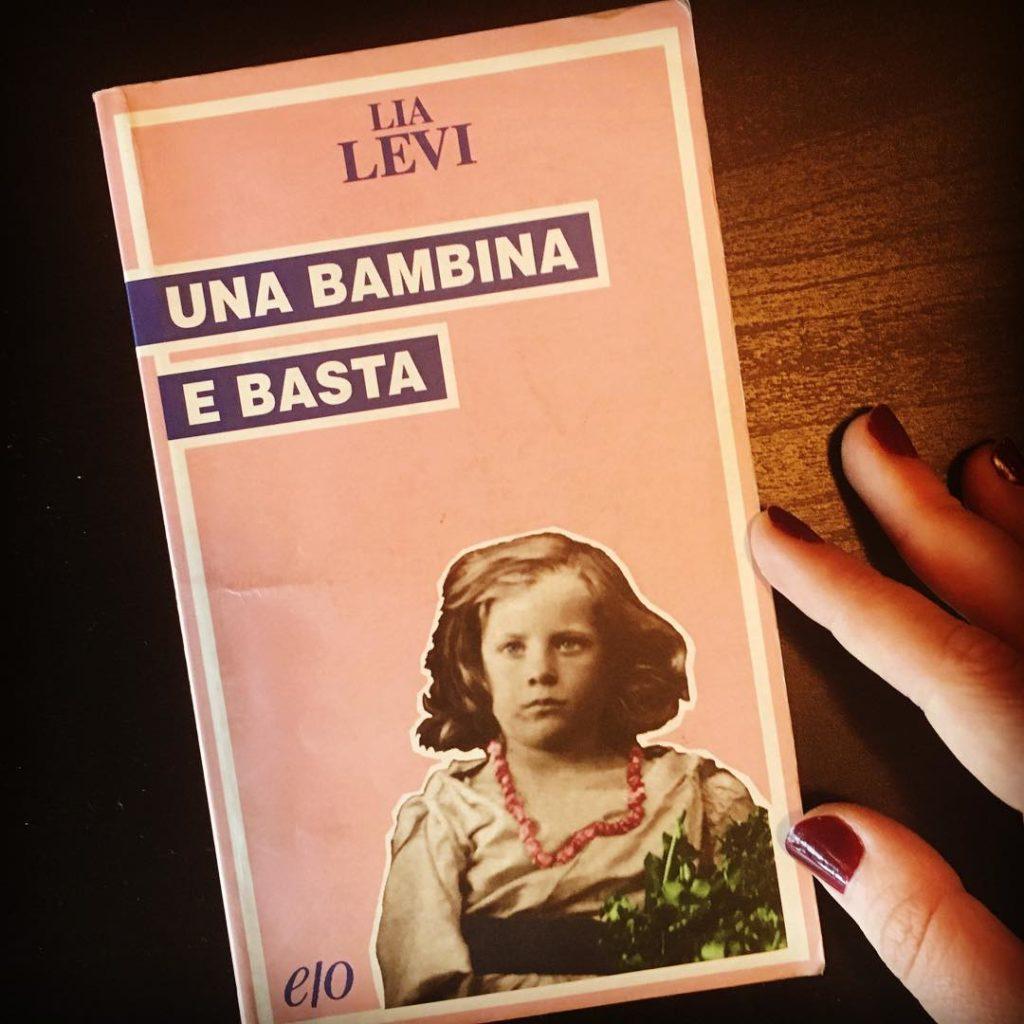 Storia di Lia Levi: soltanto una bambina... e basta.