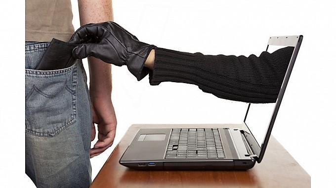 Acquisti e giochi online tra verità e truffe in agguato sul web
