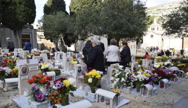 """""""Il giorno dei morti"""" in Sicilia, di Andrea Camilleri"""
