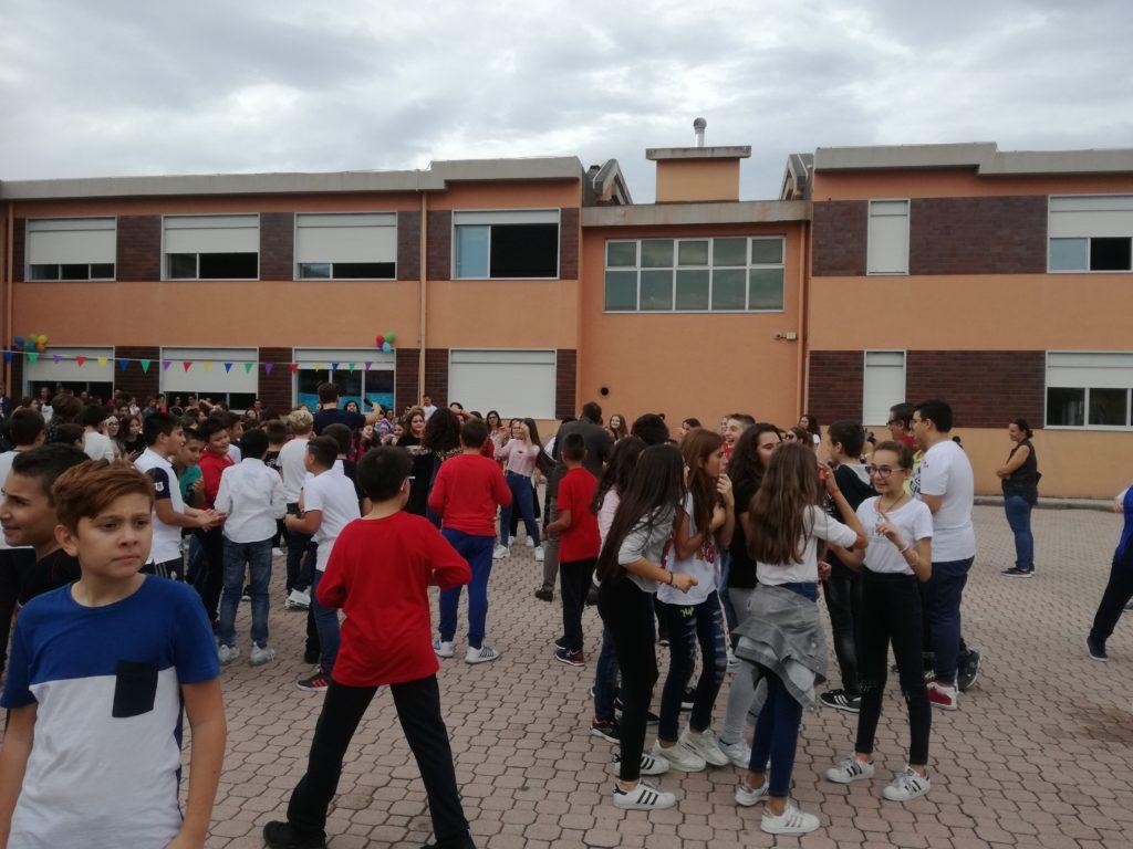 Inaugurazione del nuovo anno scolastico: alla Zirilli partenza col botto!