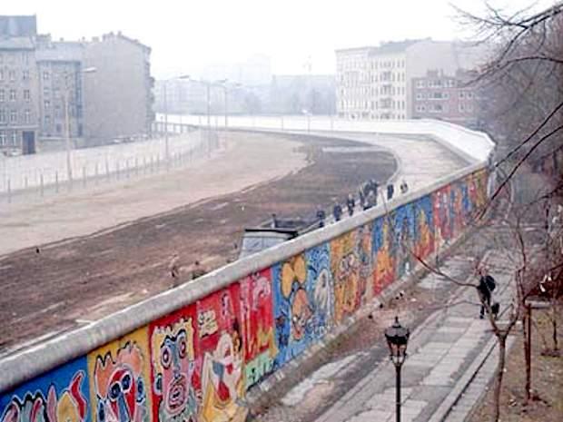 ANNIVERSARIO DELLA CADUTA DEL MURO DI BERLINO 1989-2019
