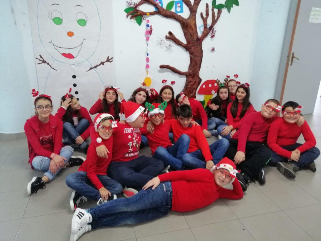 Buon Natale a tutti dai bambini del Terzo Istituto Comprensivo di Milazzo