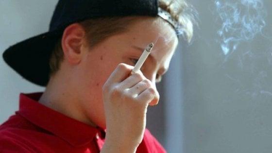Il fumo continua ad attrarre pericolosamente i giovani