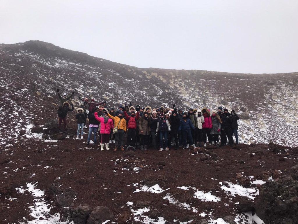 """L'Etna, i suoi segreti svelati dalla """"Grotta di Mompeloso"""""""