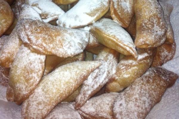 """Preparando insieme le """"FRAVIOLE"""" dolce tipico della nostra tradizione"""